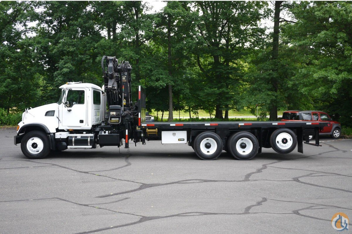 2006 HIAB XS322E-4 HI DUO Crane for Sale in Hatfield Pennsylvania on CraneNetwork.com