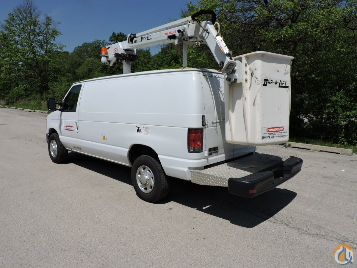 Dur-A-LIFT DVS-29TS bucket van Crane for Sale in Lyons Illinois on CraneNetwork.com
