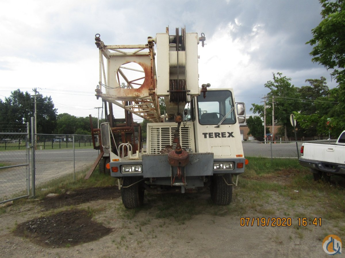 Sold 40 ton Terex T340 Hydraulic Truck crane- Needs some repairs. Crane for  in Conway Arkansas on CraneNetwork.com