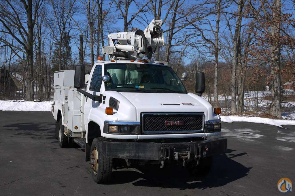 Used 2007 Altec AT37-G Bucket Truck Crane for Sale in Hatfield Pennsylvania on CraneNetworkcom