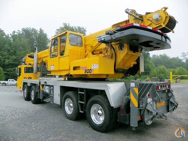 Sold 2004 Grove TMS900E Crane for  on CraneNetwork.com