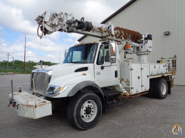 2006 Altec DM45-TR Crane for Sale in Fort Wayne Indiana on CraneNetworkcom