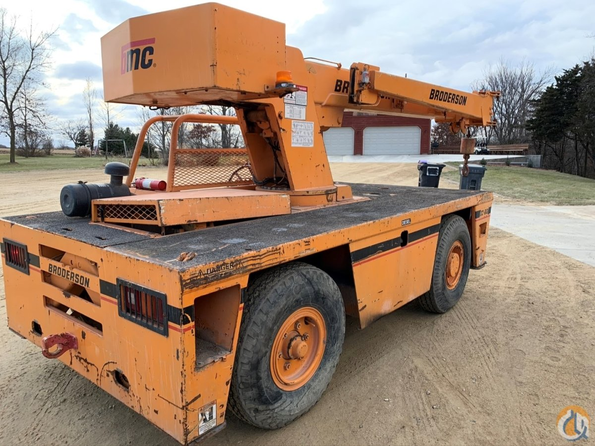 2007 Broderson IC-80-3G 9 Ton Carry Deck Crane Crane for Sale in Cannon Falls Minnesota on CraneNetwork.com