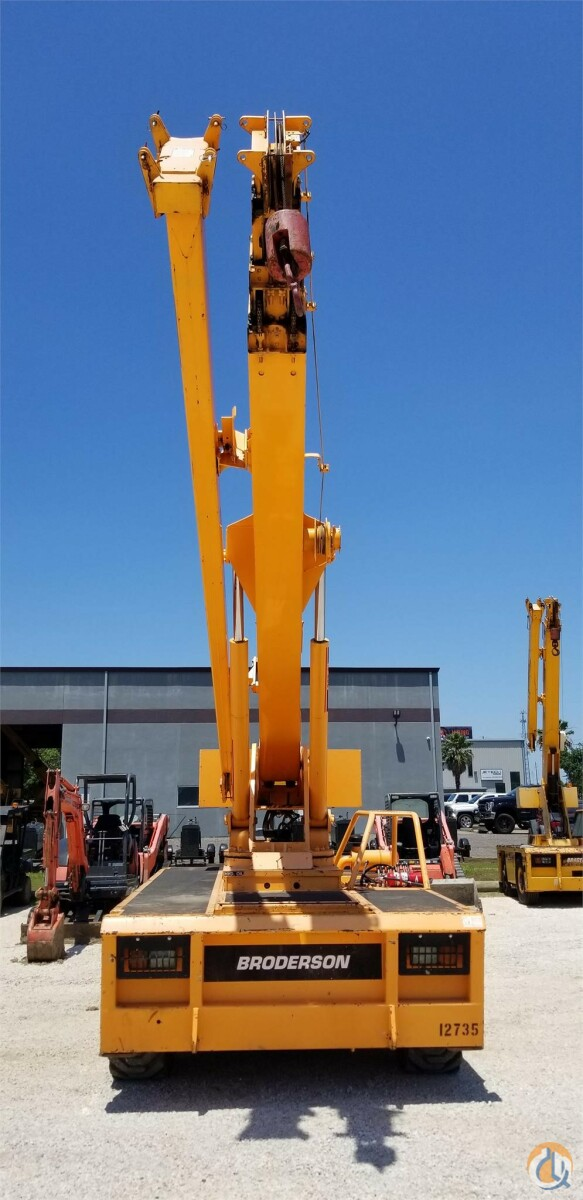 2002 BRODERSON IC250-3A Crane for Sale in Houston Texas on CraneNetwork.com