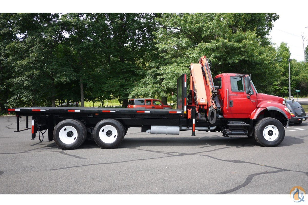 2004 PALFINGER PK26502 Crane for Sale in Hatfield Pennsylvania on CraneNetwork.com