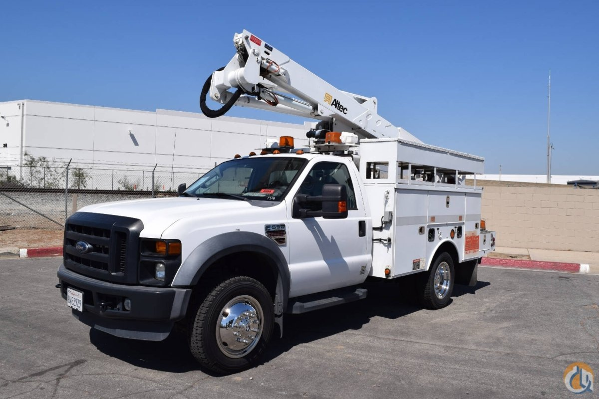 2009 Ford F550 4x4 Altec AT37G 42 Bucket Truck Crane for Sale in Norwalk California on CraneNetwork.com