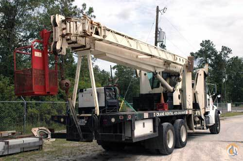 2000 PIONEER X4000-RCC ON STERLING CHASSIS Crane for Sale in Kountze Texas on CraneNetwork.com