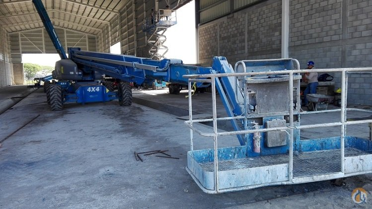 2011 GENIE S-125 Crane for Sale in Houston Texas on CraneNetwork.com