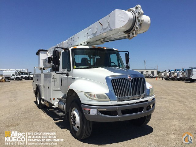 2009 ALTEC AM55-MH Crane for Sale in Dixon California on CraneNetwork.com