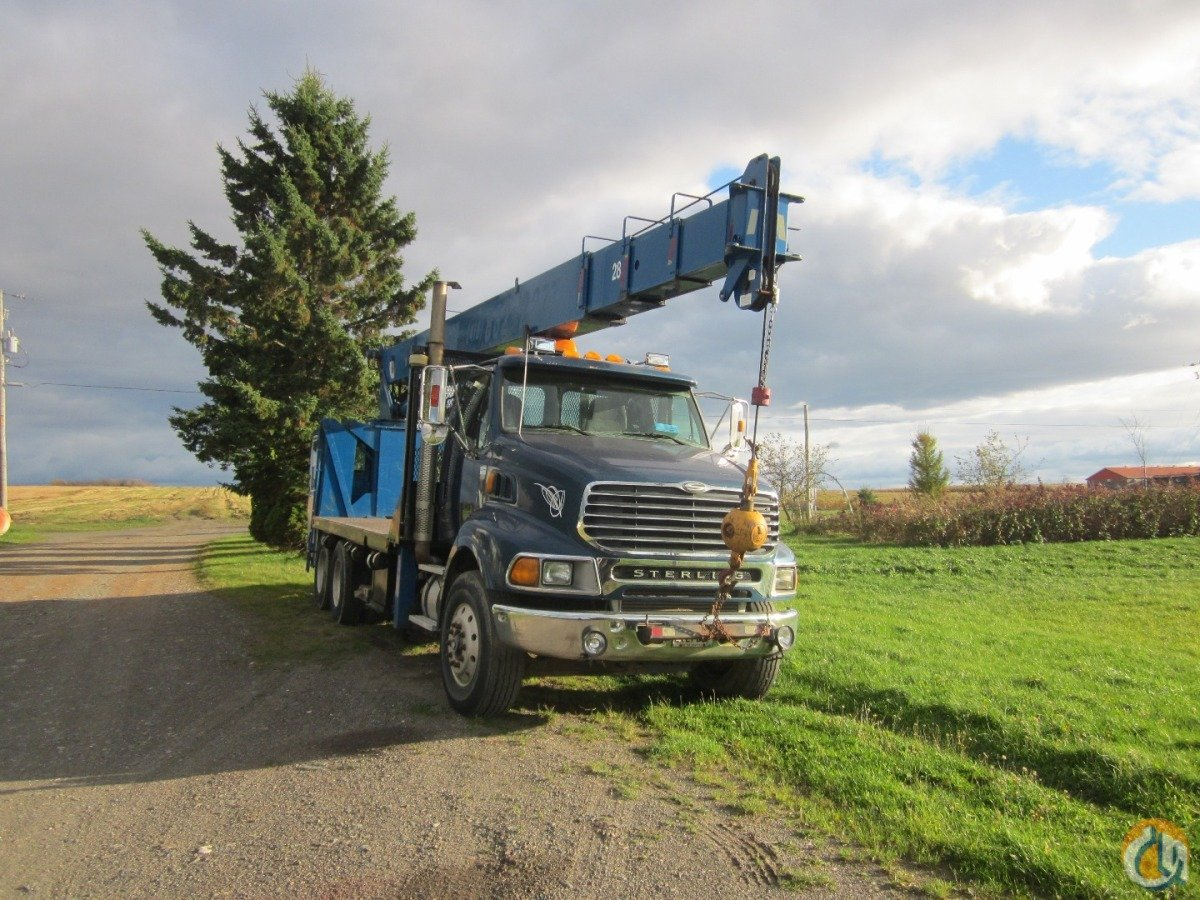 25 Tons Manitex Boomtruck 2592 2001 Sterling truck Crane for Sale on CraneNetwork.com