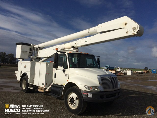 2008 ALTEC AA755-MH Crane for Sale in Dixon California on CraneNetworkcom