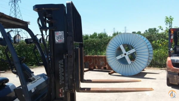 2007 TOYOTA 8FGU30 Crane for Sale in Fort Worth Texas on