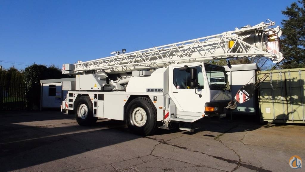 LIEBHERR LTM1030-2.1  Only 8800KM Crane for Sale in Cork County Cork on CraneNetwork.com