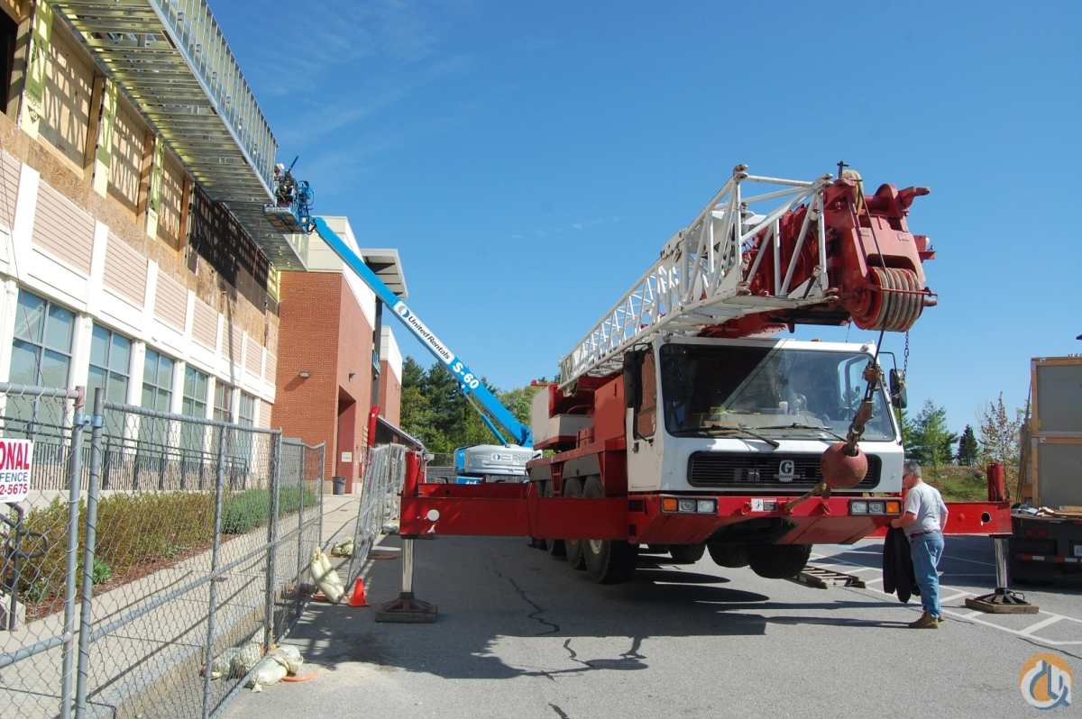 1998 Grove GMK 4080 Crane for Sale in Billerica Massachusetts on CraneNetwork.com