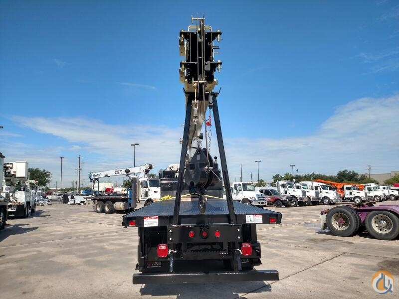New 23 Ton National Automatic Crane for Sale or Rent in Houston Texas on CraneNetworkcom