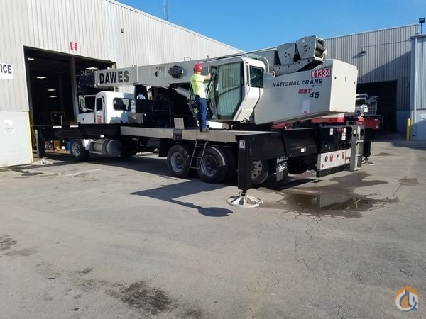 2013 National NBT45127 Crane for Sale in Milwaukee Wisconsin on CraneNetwork.com
