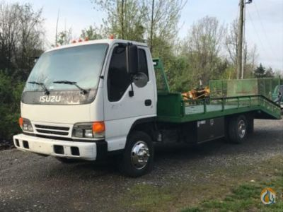 2005 Isuzu NPR Flatbed Trucks  Trailer ISUZU NPR J.J. Kane Auctioneers 22527 on CraneNetwork.com