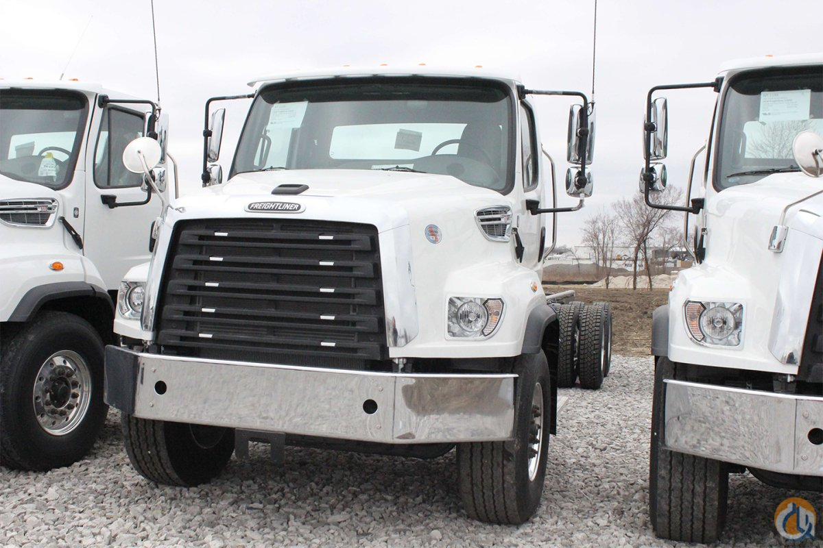 New 2018 Freightliner 114SD chassis Cab  Chassis Trucks FREIGHTLINER 114SD CraneWorks Inc. 25612 on CraneNetwork.com