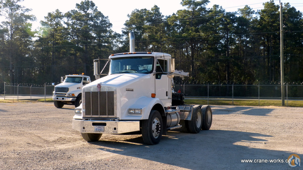 Used 2010 Kenworth T800 tractor Semi Truck  Trailers KENWORTH T800 CraneWorks Inc. 22147 on CraneNetwork.com