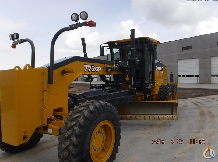 2014 JOHN DEERE 772GP Motor Graders JOHN DEERE 772GP Honnen Equipment 8058 on CraneNetwork.com