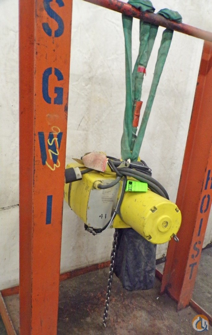 Yale YALE ELECTRIC CHAIN HOIST 1 TON KEL 1-15TH15S1 3 PH 1 HP HOOK MOUNTED HoistsWinches Crane Part for Sale in Coffeyville Kansas on CraneNetwork.com