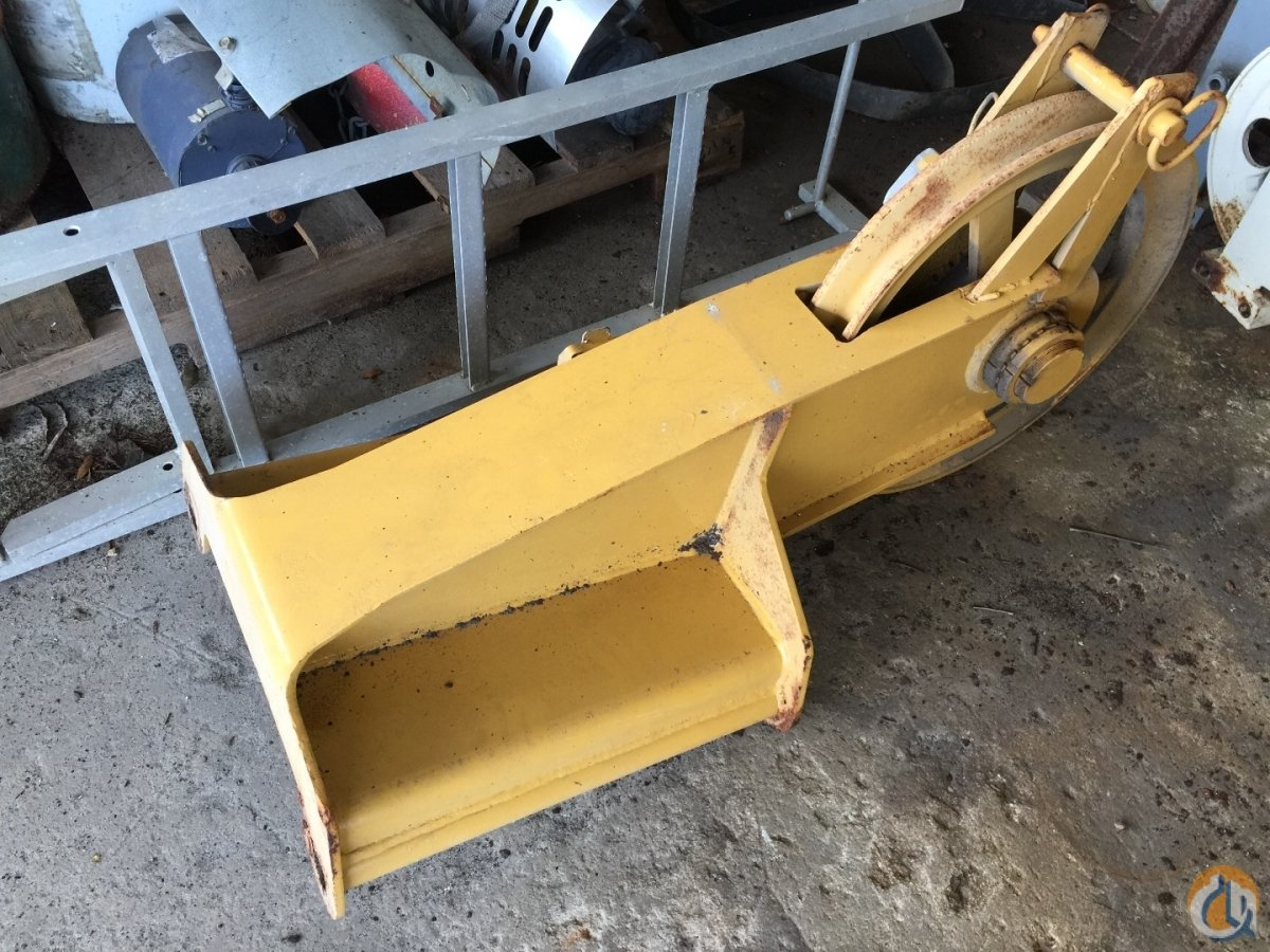 Grove GROVE AND TEREX ROOSTER SHEAVES Several to fit GMK5120B GMK5165B RT9130 GMK5150 RT760 RT865 RT870 T340 T560 RT335 RT345 RT555 RT670 RT665 PLUS MANY OTHERS CALL FOR DIMENSIONS Boom Tip Extension  Crane Part for Sale in Fort Pierce Florida on CraneNetwork.com