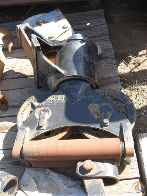 American American Fairlead for 6000-7000 Series Fairleads Crane Part for Sale in Long Beach California on CraneNetworkcom