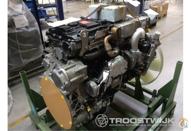 Mercedes benz mercedes benz 6 cylinder diesel engine for Mercedes benz diesel engines for sale