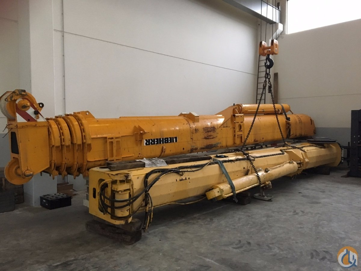 Liebherr Telescopic boom of LIEBHERR LTM 10602 Boom Sections Crane Part for Sale on CraneNetwork.com