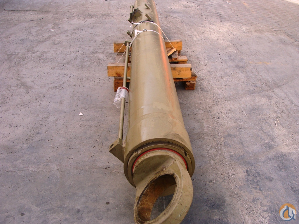 Grove GROVE  DERRICKING CYLINDER GMK4070 Cylinder Boom Lift Crane Part for Sale on CraneNetwork.com