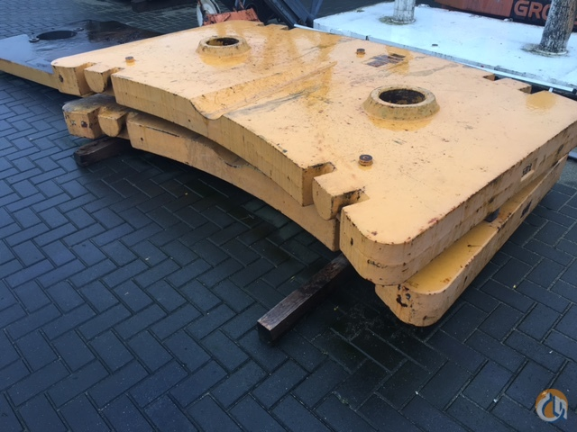 Grove Grove GMK 5130 Counterweights Counterweights Crane Part for Sale in Giessen Hesse on CraneNetwork.com