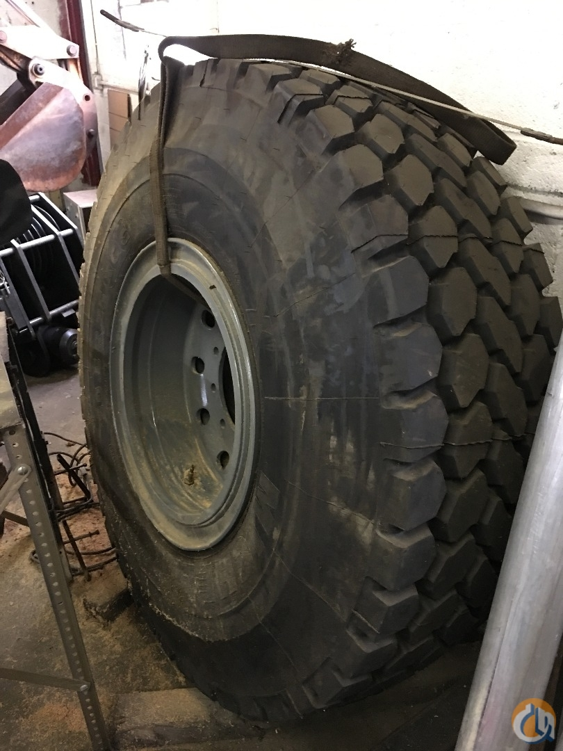 Michelin Brand New Michelin X 20.5R25 Tire Tires Crane Part for Sale in Springfield Massachusetts on CraneNetwork.com