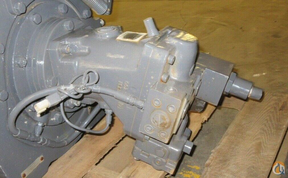 Braden BRADEN GEARMATIC WINCH PD15B-SPL-34V049031-24UGR 15000 lbs. GROOVED ROLLER Winches  Drums Crane Part for Sale in Coffeyville Kansas on CraneNetwork.com