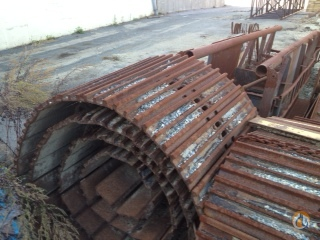 Mantis Track Pads and Chains for Mantis 14010 AxleDriveline Crane Part for Sale in Billerica Massachusetts on CraneNetworkcom
