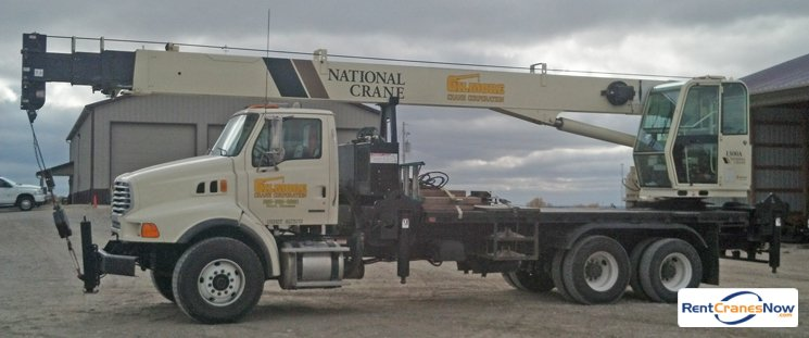 30 Ton National Boom Truck Crane for Rent in Hoyt Kansas on CraneNetwork.com