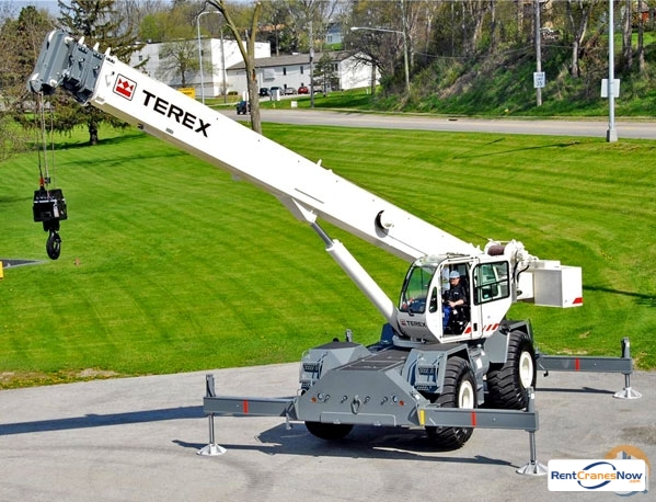Terex RT665 Crane for Rent in Oak Park Michigan on CraneNetwork.com