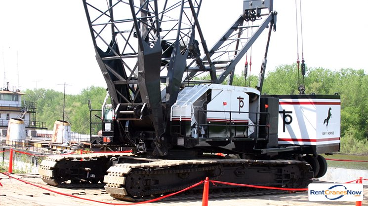 225-Ton American 9310 Crane for Rent in Eagan Minnesota on CraneNetwork.com