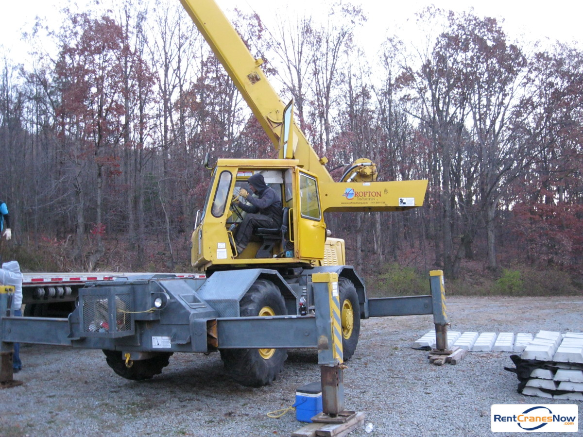 Grove RT60S Crane for Rent in Portsmouth Virginia on CraneNetwork.com