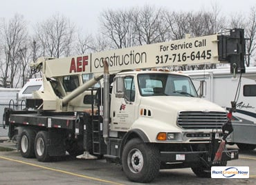 33-Ton National 14110 Crane for Rent in Fishers Indiana on CraneNetwork.com