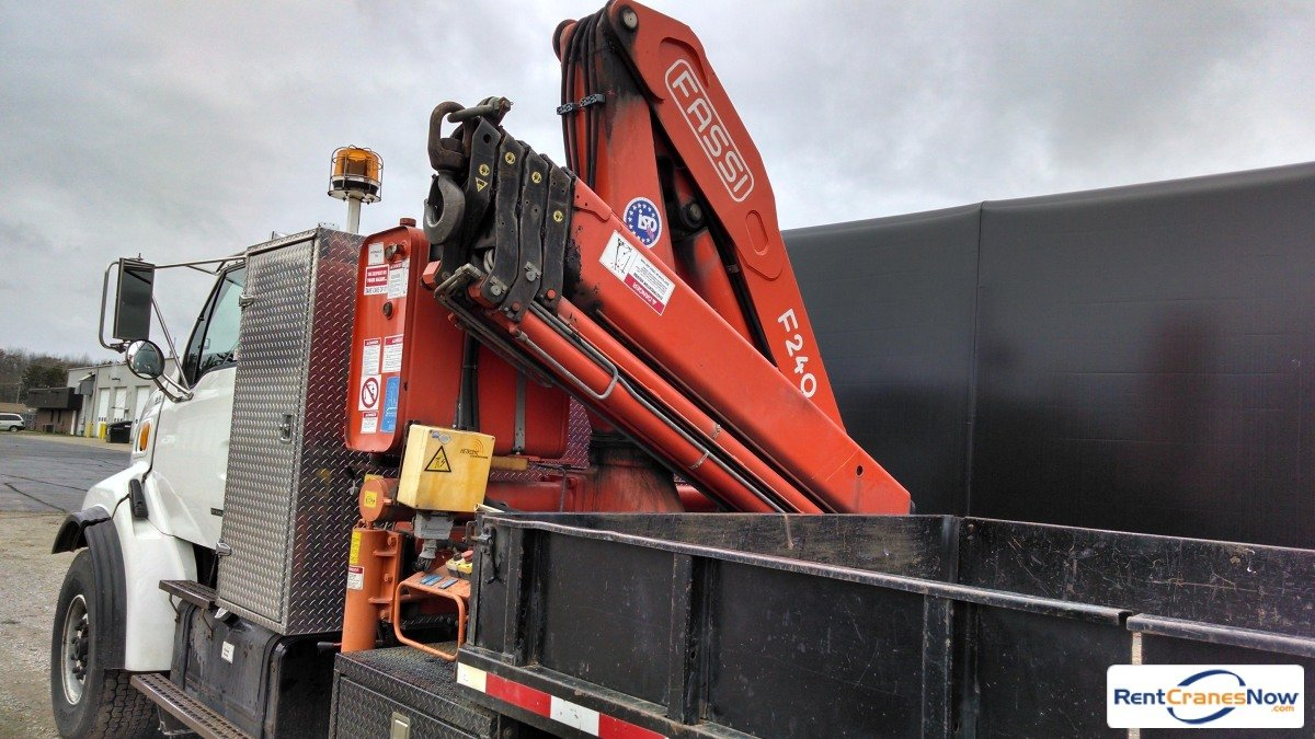 1999 FASSI F240.24 Crane for Rent in Escanaba Michigan on CraneNetwork.com
