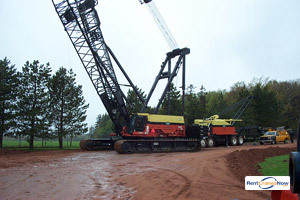 300-TON MANITOWOC M2250 Crane for Rent in Elkview West Virginia on CraneNetwork.com