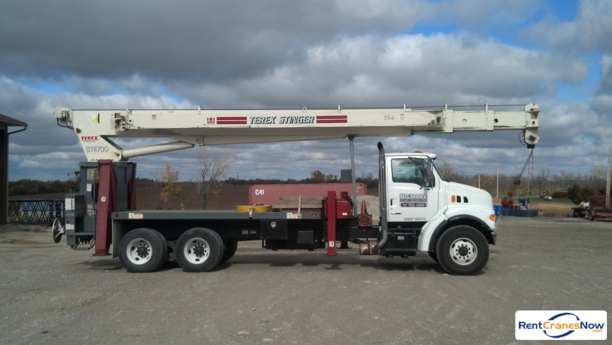 23 Ton Terex Boom Truck Crane for Rent in Hoyt Kansas on CraneNetwork.com