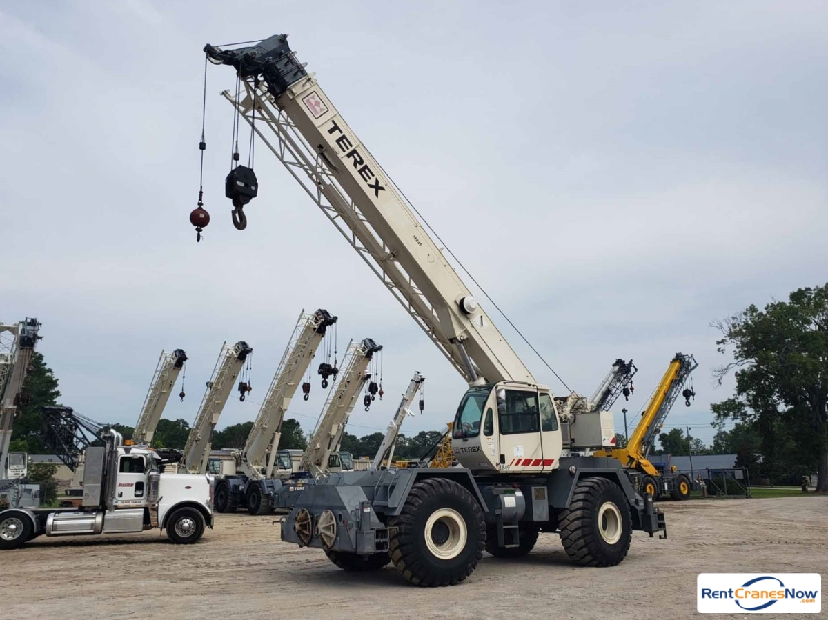 RentCranesNow com :: Find Thousands of Crane Rental