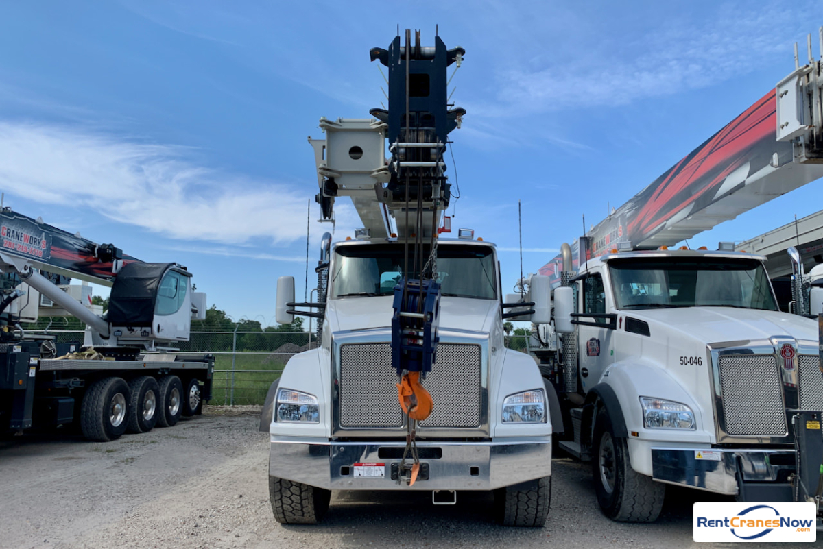 2019 National NBT55L boom truck mounted to Kenworth T880 chassis Crane for Rent in Houston Texas on CraneNetwork.com