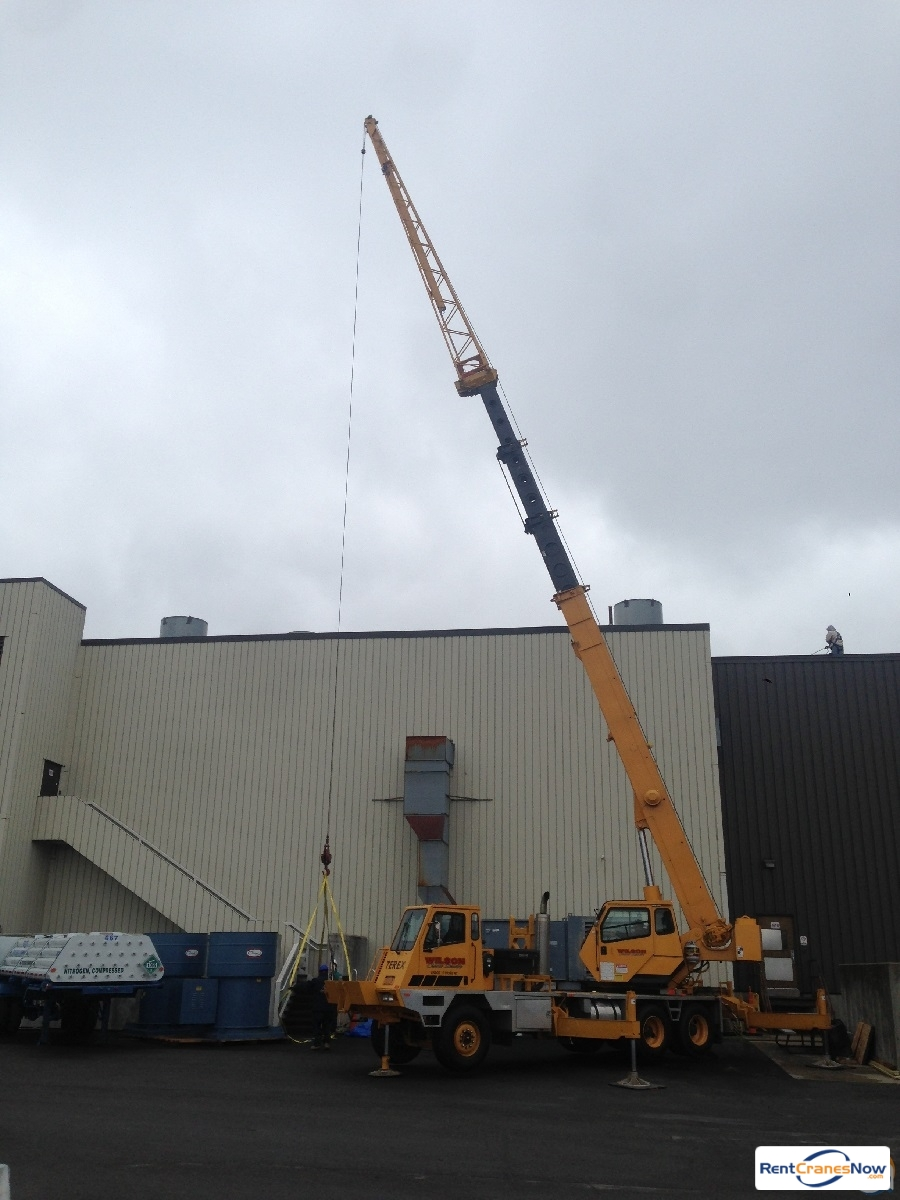 Crane for Rent in Buffalo New York on CraneNetwork.com